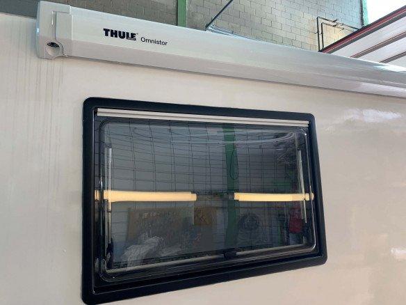 Caravan Fenster